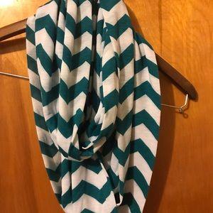 Girls infinity scarf